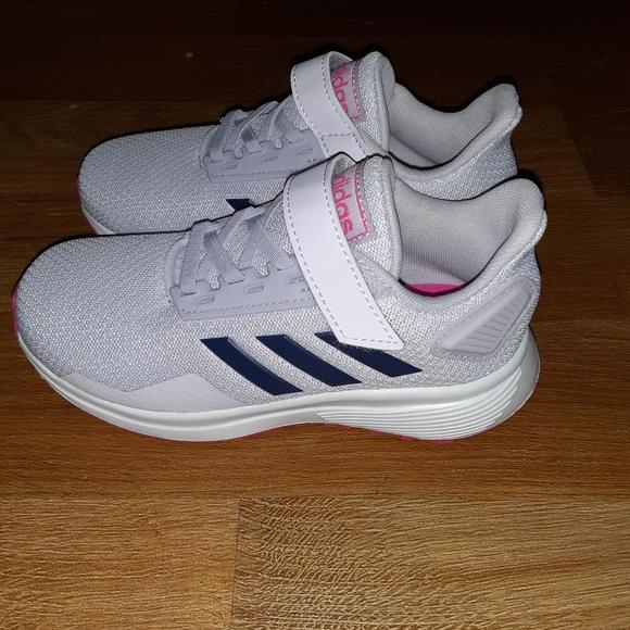 Adidas Size 2 Little Girls Tennis Shoes